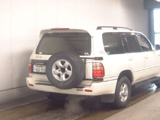 1998 Toyota LAND Cruiser picture