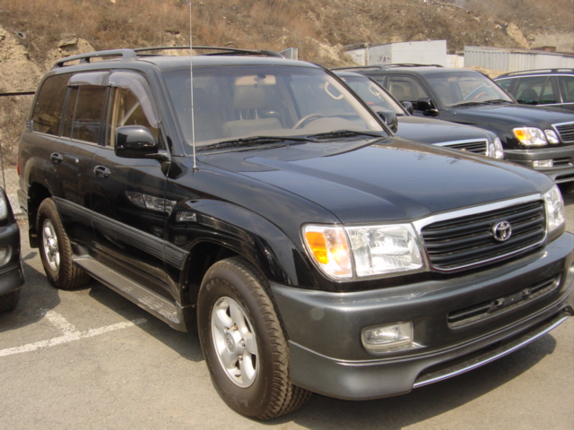 2000 toyota land cruiser pictures