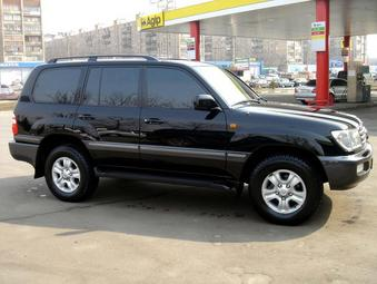 2003 Toyota LAND Cruiser picture